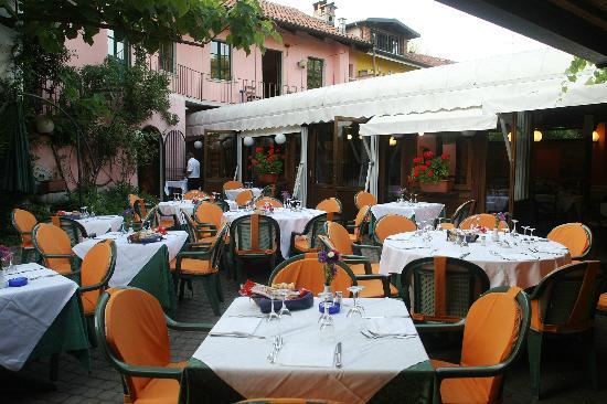 Elefante bianco moncalieri ristorante recensioni - Il mercato della piastrella moncalieri orari ...