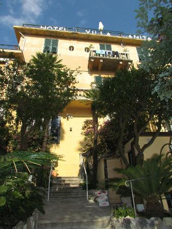 Hotel Villa Anita: Back Side of Villa Anita
