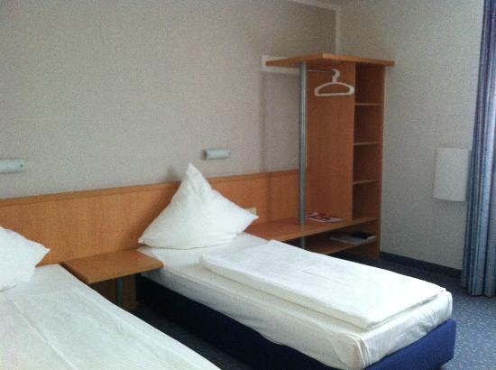 Tryp Bochum-Wattenscheid Hotel: Einfaches Zimmer