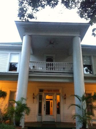 Thee Hubbell House Bed & Breakfast: Classic