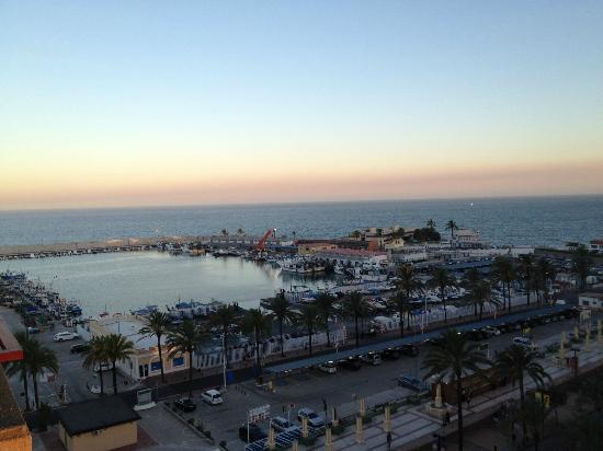 Hotel Las Palmeras: view from balcony beach/marina