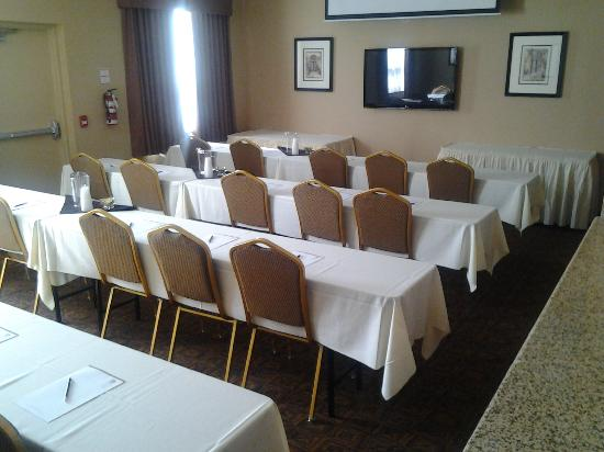 BEST WESTERN Royal Oak Inn: Meeting Room - Classroom Style