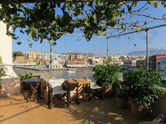 Amphora Hotel: terrasse
