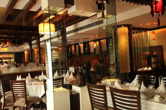 Dine Esty : Dining Place