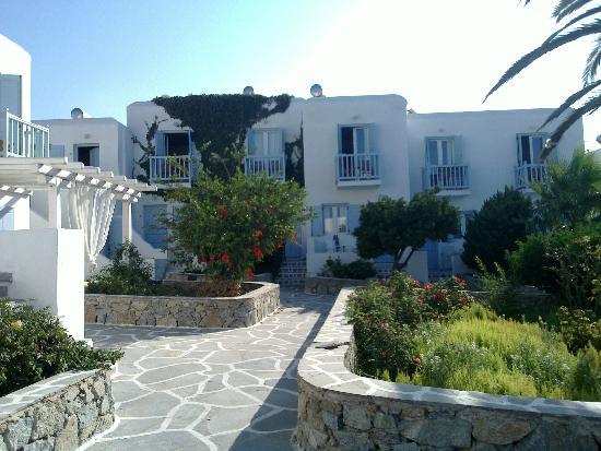Aeolos Mykonos Hotel: Hotel Grounds
