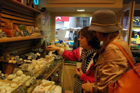 Secrets of Paris Private Tours: Fromages