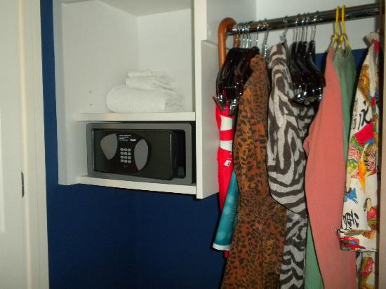 Monaco Baltimore, a Kimpton Hotel: Safe and closet (very limited space).