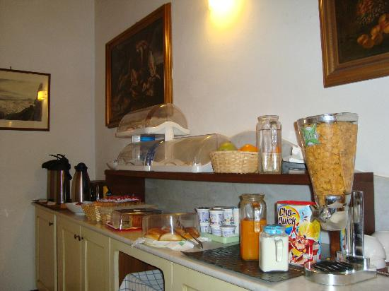 Residenze La Mongolfiera : Colazione a buffet