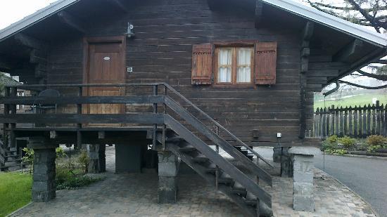 Hotel Village Aosta: Esterno chalet