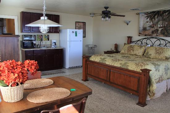 Cedar Key Harbour Master Suites: Corrigan's Reef Suite