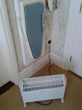 "St. Ives Harbour Hotel & Spa: ""luxury accommodation"" - broken radiator replacement"