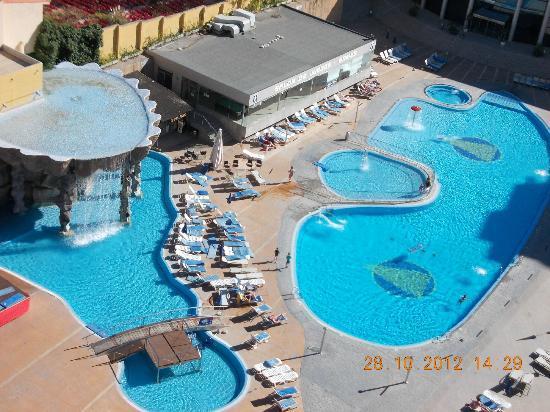Gran Hotel Bali: Pool view