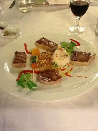 Terraza Carmona : la ventresca de atun, superior