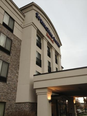 SpringHill Suites Indianapolis Fishers: front of hotel