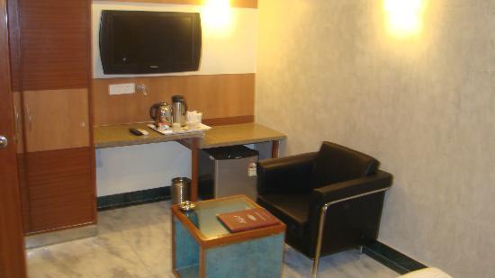 Dayal Hotel: Lcd