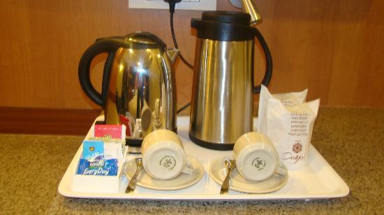 Dayal Hotel Tea Coffee Maker