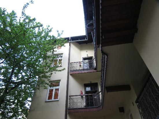 Hostel Centrum: My room on the left through the door on the top floor