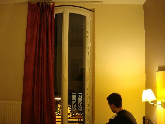 Hotel des Arts Bastille: Janela