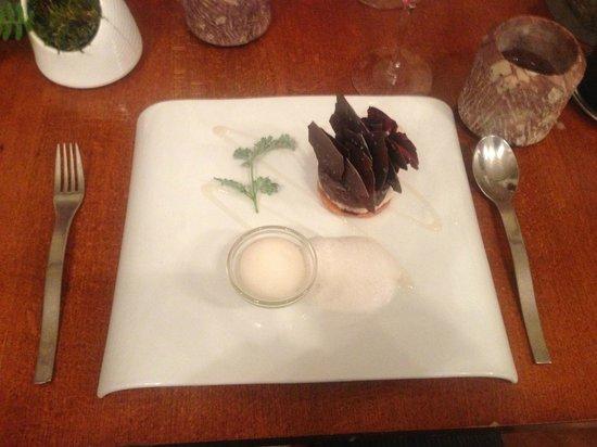 Restaurant Le Fantin Latour: Feuille et glace d'absinthe, sablé coco et chocolat