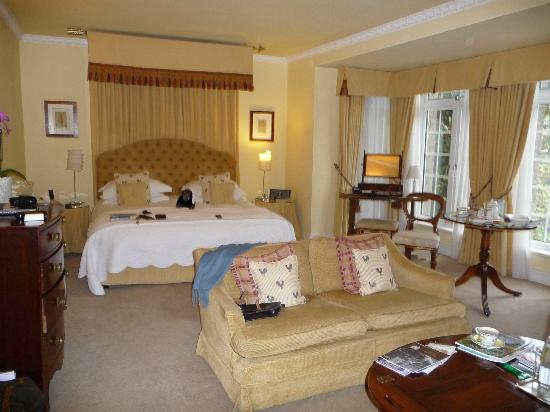 Longueville Manor : Room 8 - spacious