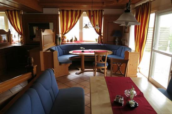 Hotel Zur Igelstadt: De bar/Lounge