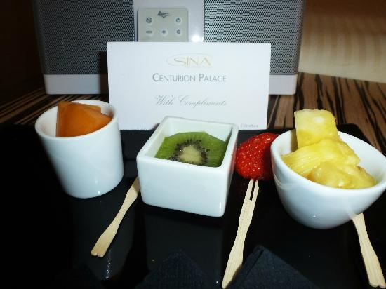 SINA Centurion Palace: Welcome Fruit