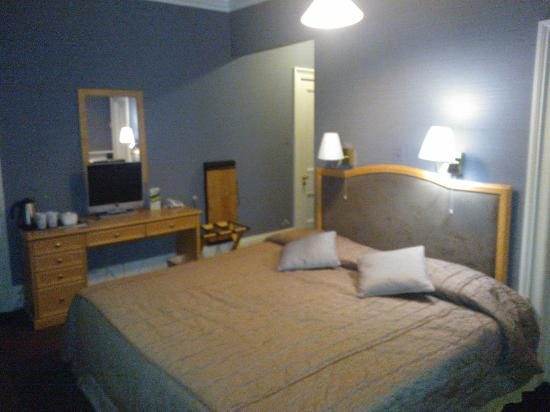 Chancellors Hotel: room 3 bed