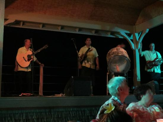 Island Breeze Luau: The boys in the band