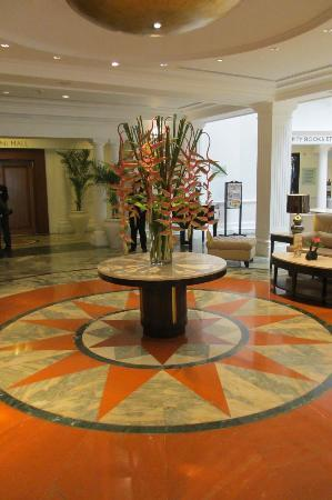 The Claridges New Delhi: Lobby