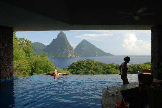 Anse Chastanet: Rather pleasant view from Jade Mountain