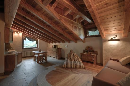 Mansarda picture of agriturismo bien etre pre saint didier tripadvisor - Illuminazione casa montagna ...