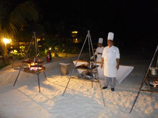 Beloved Playa Mujeres: BBQ