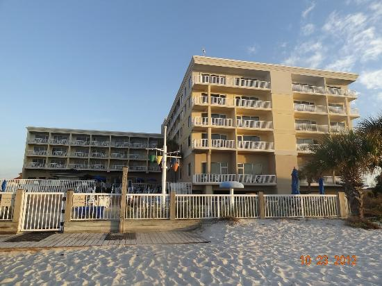 SpringHill Suites by Marriott Pensacola Beach: Hotel on the beach