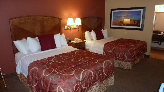Best Western Plus Greenwell Inn: Zimmer