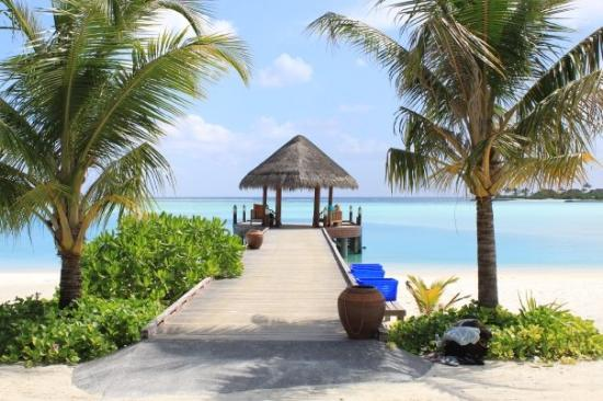 Anantara Dhigu Maldives Resort: The Gateway to Happiness