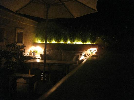 Dar Housnia: Terrace lights