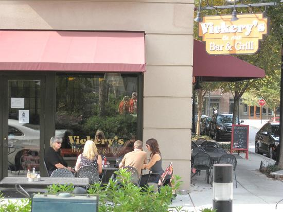 Vickery's Bar & Grill - Glenwood Park: View of outside dining