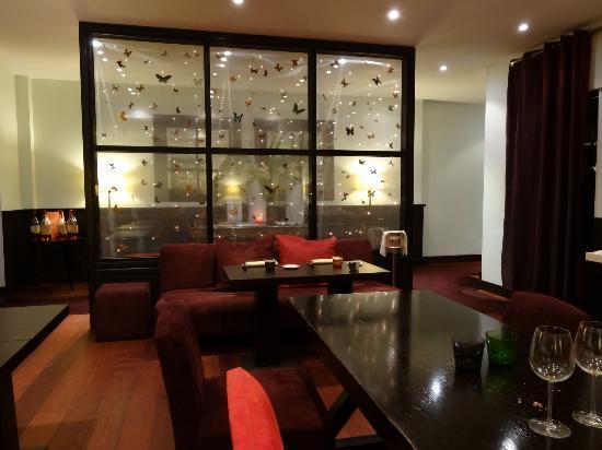 Tr s belle entr e photo de restaurant h l ne darroze la salle manger paris tripadvisor - Restaurant la salle a manger a salon de provence ...