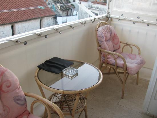 Hotel Vila Sikaa: Room 14 balcony