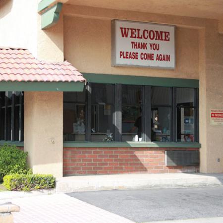 Wayside Motel: Wayside Motel West Covina Exterior