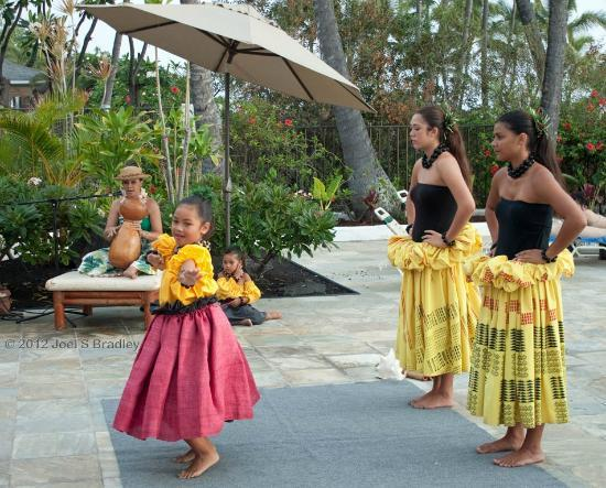 Wyndham Royal Sea Cliff: Free weekly hula demonstration