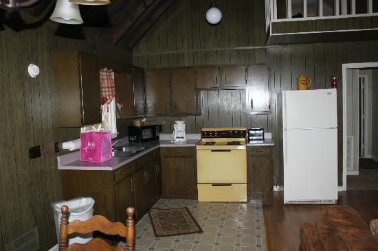 Dillard House: Kitchen