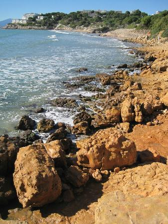 H·TOP Molinos Park : Rock and sea