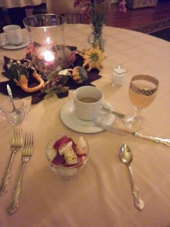 Bed & Breakfast at Oliver Phelps: Breakfast beginnings