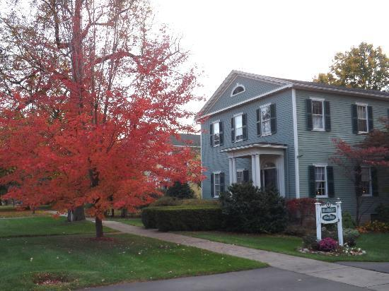 Bed & Breakfast at Oliver Phelps: Fall is a great time to visit!