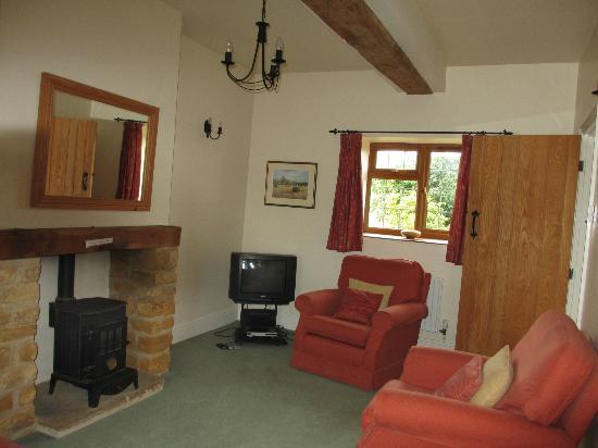 East Haddon Grange Country Cottages: Living Room- Owl Cottage