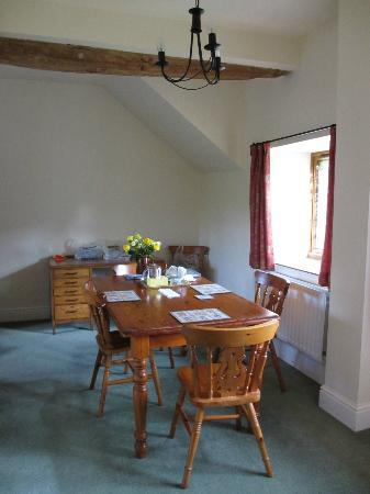 East Haddon Grange Country Cottages: Dining Room- Owl Cottage
