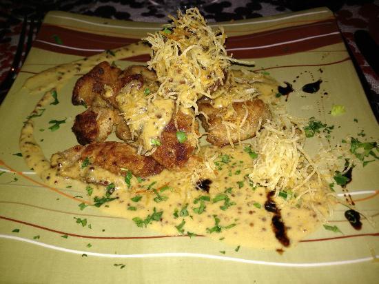 Umaga Restaurant: Mollejas crocantes con salsa de mostaza y butiá