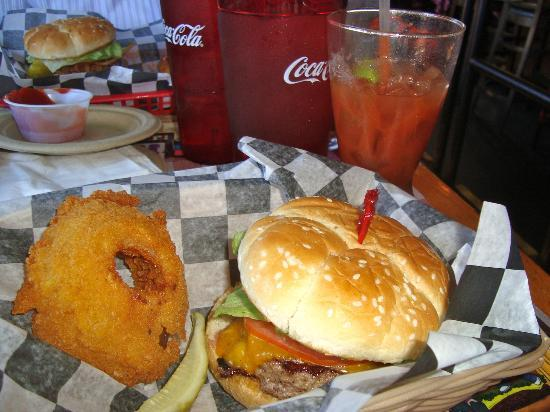 Huey's Midtown: Hueyburger with rings & bloody mary's