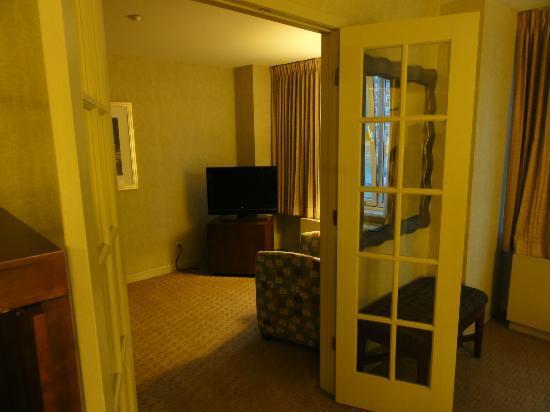 Skyline Hotel: Junior Suite, 2nd room